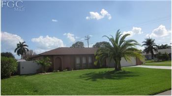246 SW 34th St, Cape Coral, FL