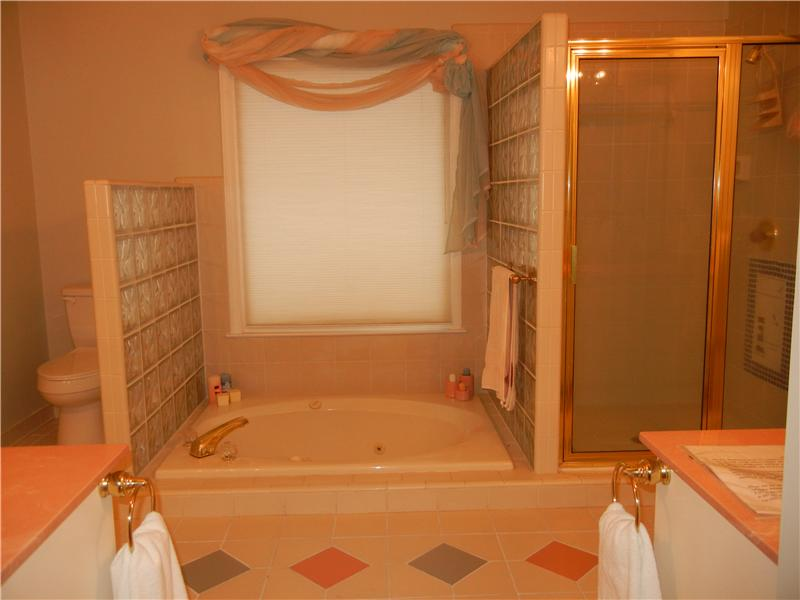 Master Bath - Sunken Tub, Roomy Shower
