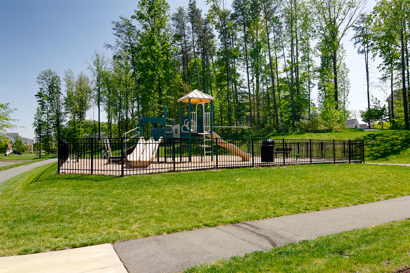 Community amenities include tot lots