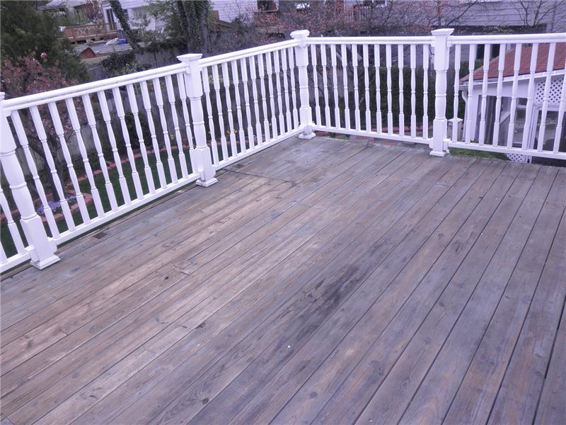 Rear deck off master bedroom