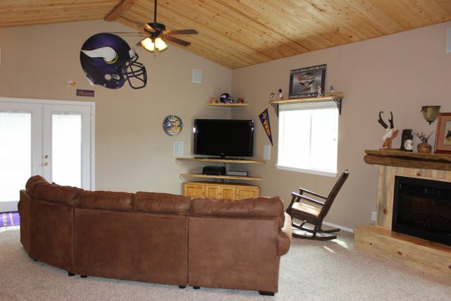 Fireplace to enjoy the family and games with