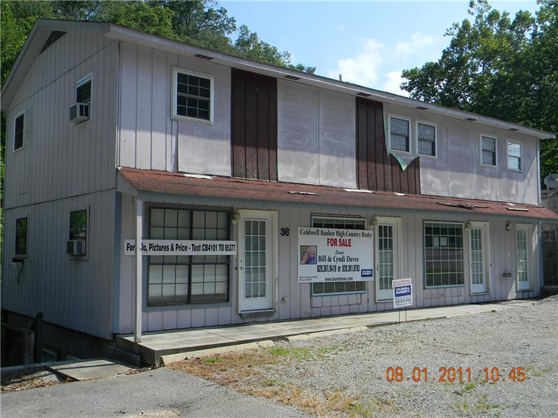 Large Commercial Building in Robbinsville